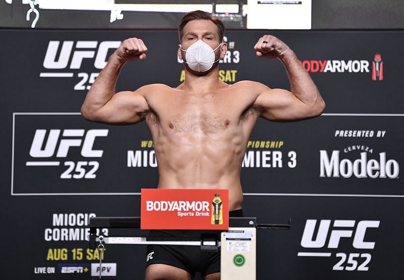 UFC 252 Miocic v Cormier 3: Weigh-Ins