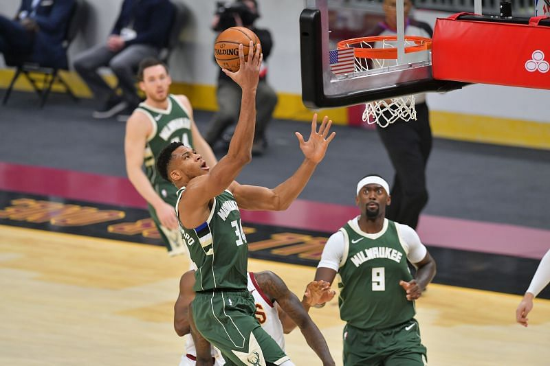 Giannis Antetokounmpo #34 drives to the basket. (Photo by Jason Miller/Getty Images)