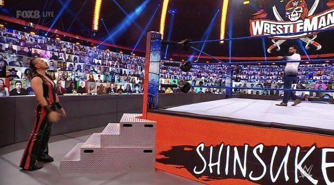 Shinsuke Nakamura confronting Seth Rollins