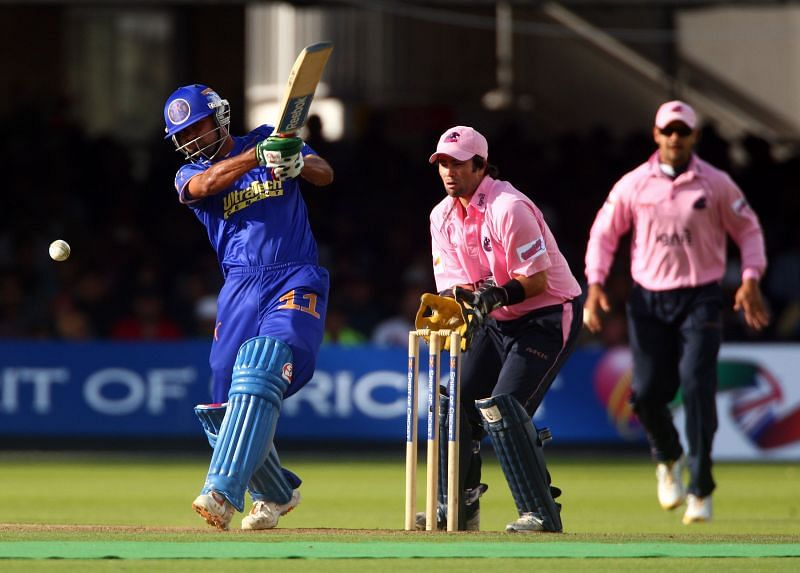 Mohammad Kaif bats for Rajasthan Royals against Middlesex