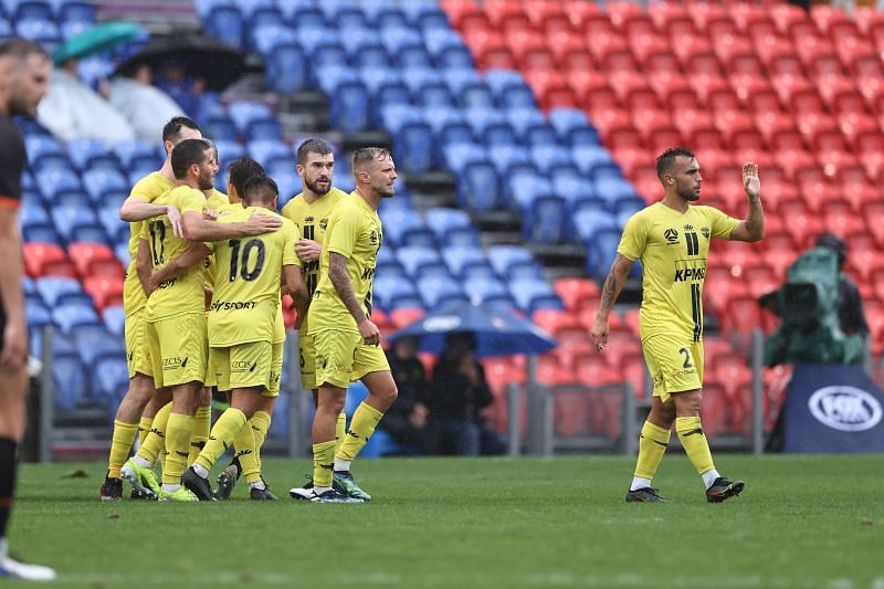 Wellington Phoenix face Melbourne Victory on Wednesday