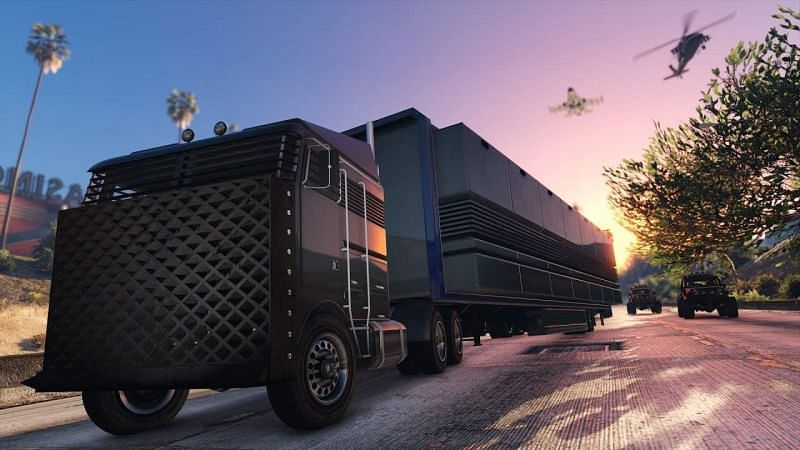 The MOC is essentially a utility vehicle that can act as a base of operations for the player in GTA Online (Image via gameplay.tips)
