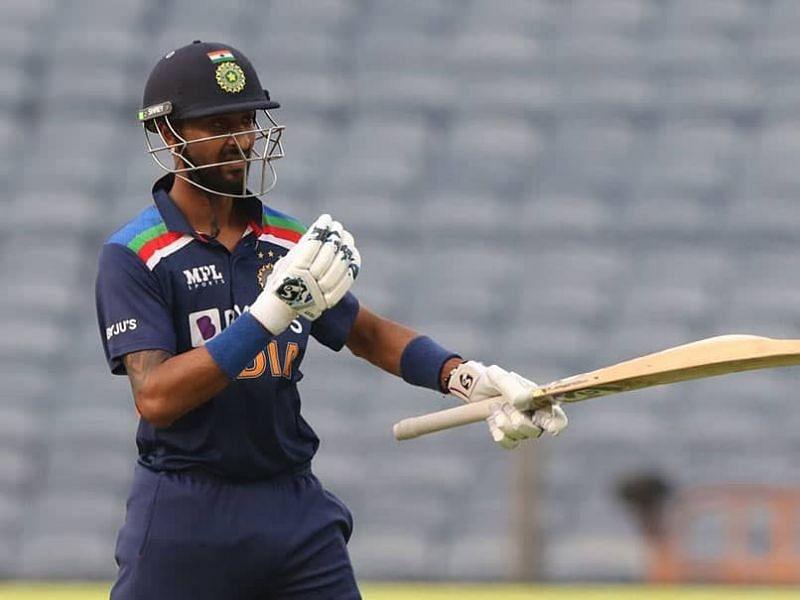Krunal Pandya reached his half-century in just 26 balls.
