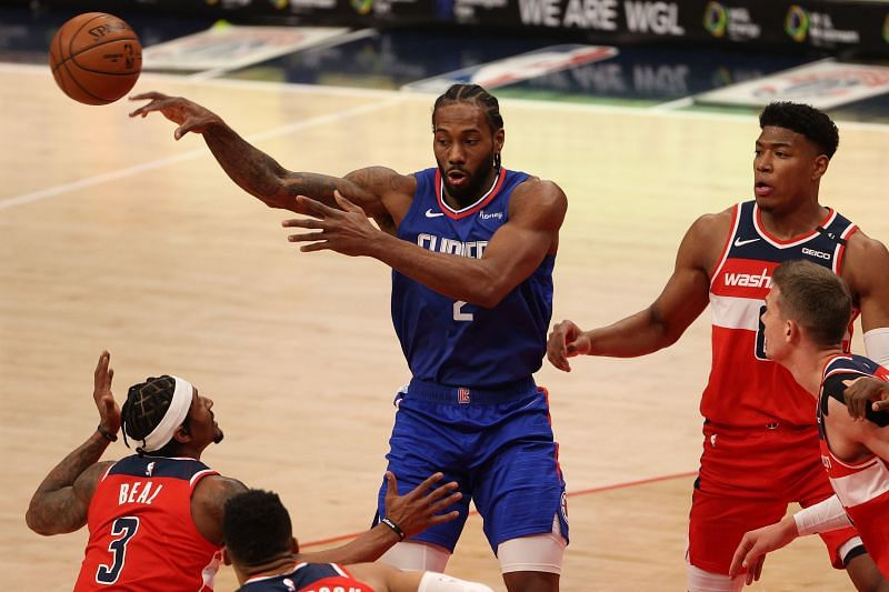 Kawhi Leonard in NBA action for the LA Clippers