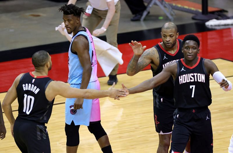 Eric Gordon #10 slaps hands with Victor Oladipo #7. (Photo by Carmen Mandato/Getty Images)
