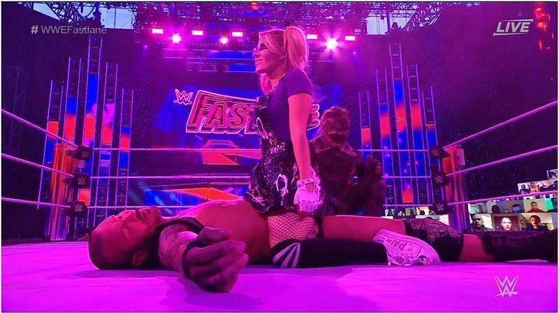 रैंडी ऑर्टन(Randy Orton) और एलेक्सा ब्लिस(Alexa Bliss)