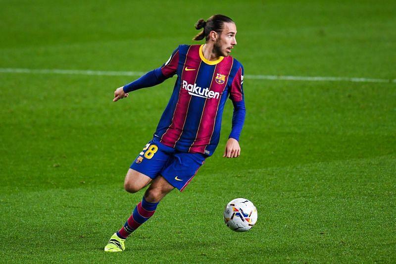 Barcelona defender Oscar Mingueza