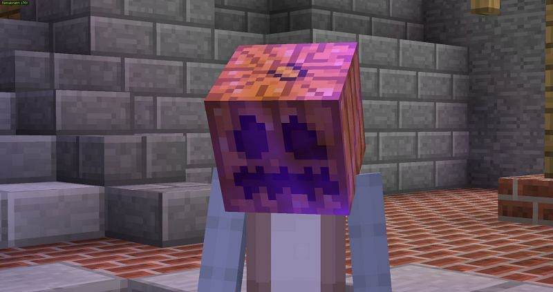 This is what it looks like when curse of binding is applied to a pumpkin head in Minecraft. (Image via Reddit)