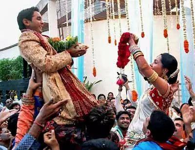 Parthiv Patel's Lovely Couple Moment with Avni Zaveri