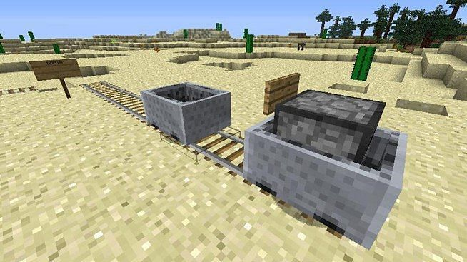 Minecraft minecart with a furnace (Image via minecraft360.wikia.com)