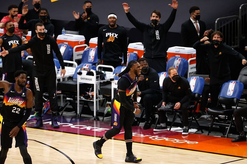 The Phoenix Suns occupy second place in the Western Conference