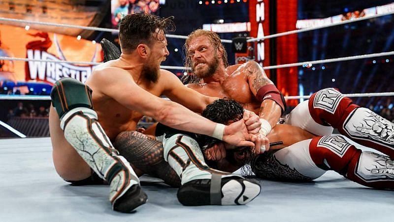 WrestleMania 37 मैच के दौरान ऐज, डेनियल ब्रायन और रोमन रेंस