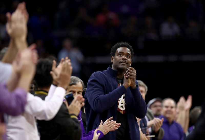 Chris Webber is one of several NBA players who have never been inducted into the Hall of Fame.