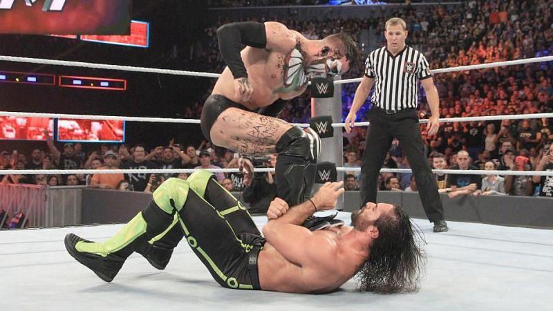 WWE WrestleMania 37 में सैथ रॉलिंस की शर्मनाक हार के बाद उनसे लड़ सकते हैं