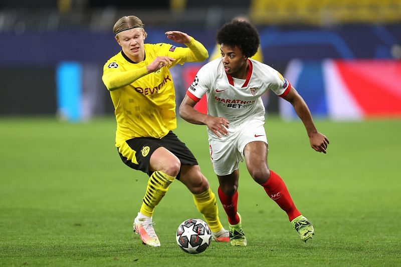 Borussia Dortmund v Sevilla FC  - UEFA Champions League Round Of 16 Leg Two