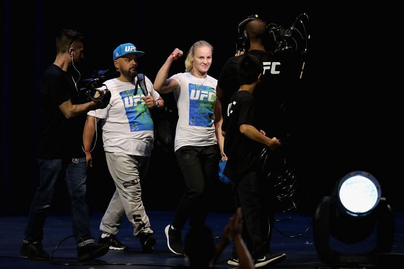 UFC 213: Weigh-ins