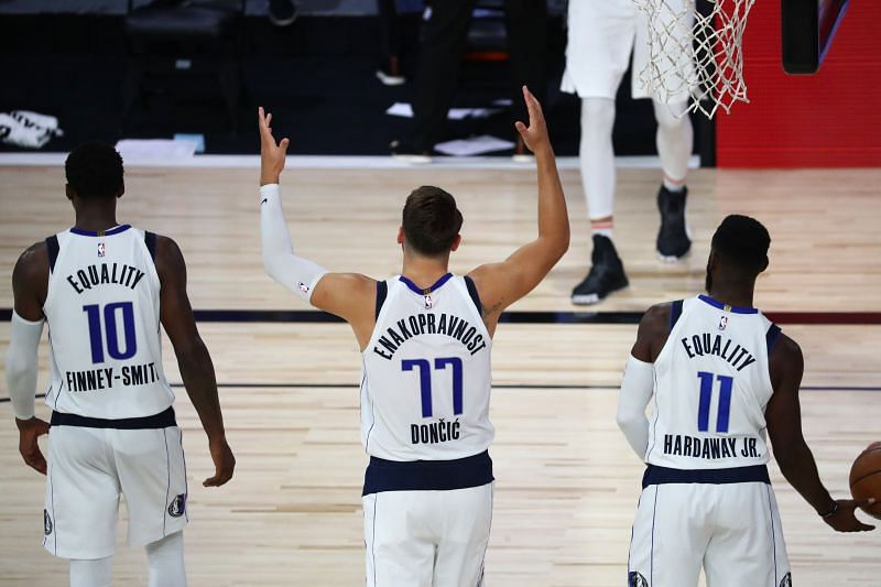 The Dallas Mavericks are still looking good for a playoff seed.