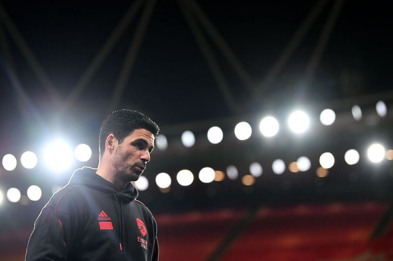 Arsenal manager Mikel Arteta is desperate to sign a striker.