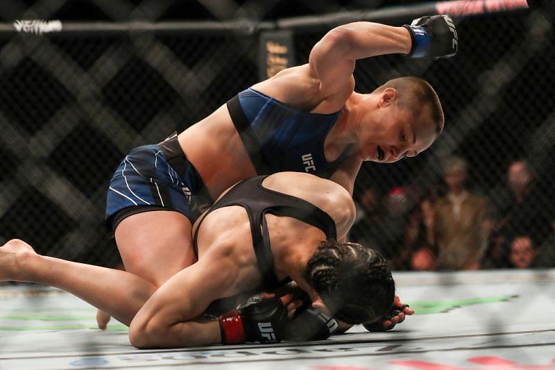 Rose Namajunas unleashes hammer fists on Zhang Weili