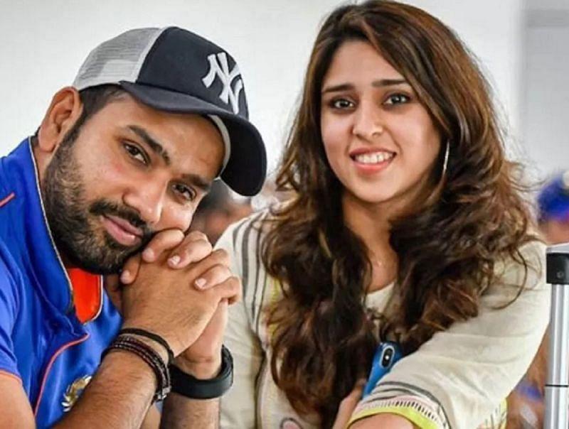 रोहित शर्मा अपनी पत्नी के साथ