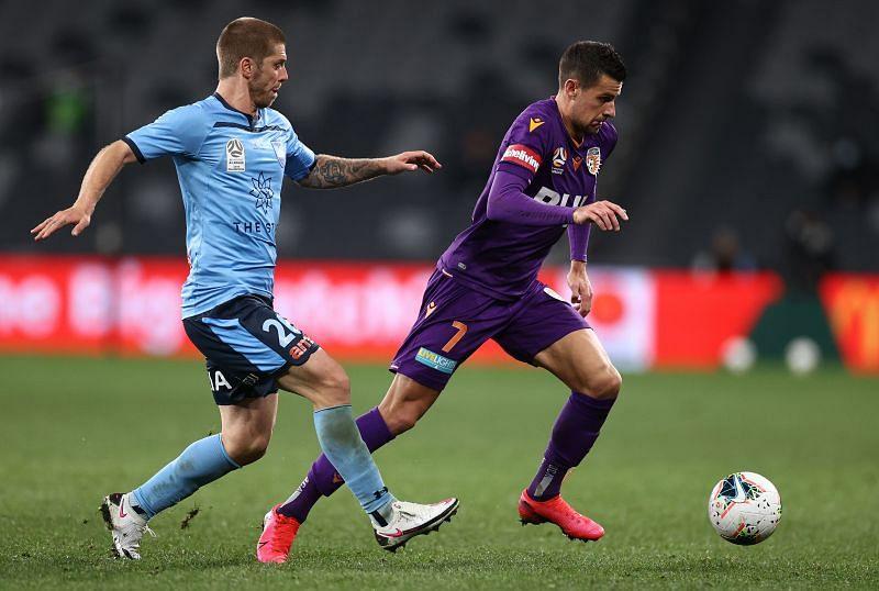 A-League Semi Final 2 - Sydney v Perth
