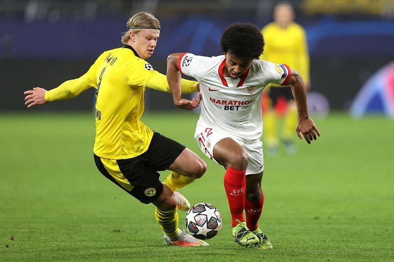 Kounde in action for Sevilla