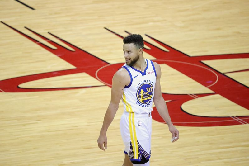 Stephen Curry (#30) of the Golden State Warriors could make his debut at the Tokyo 2020 Olympics.