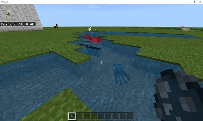 Squids spawn naturally when there
