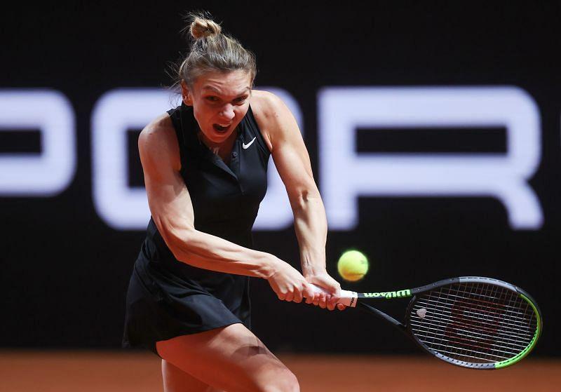 Simona Halep at the 2021 Porche Tennis Grand Prix