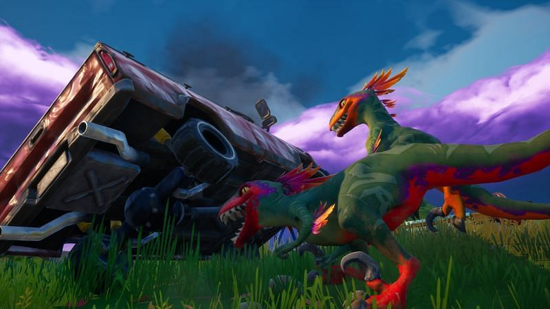 Raptors causing mayhem in Fortnite (Image via Derpens23, Twitter)