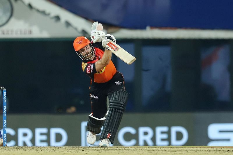 Kane Williamson kept SRH in the chase with wickets falling at the other end [P/C: iplt20.com]