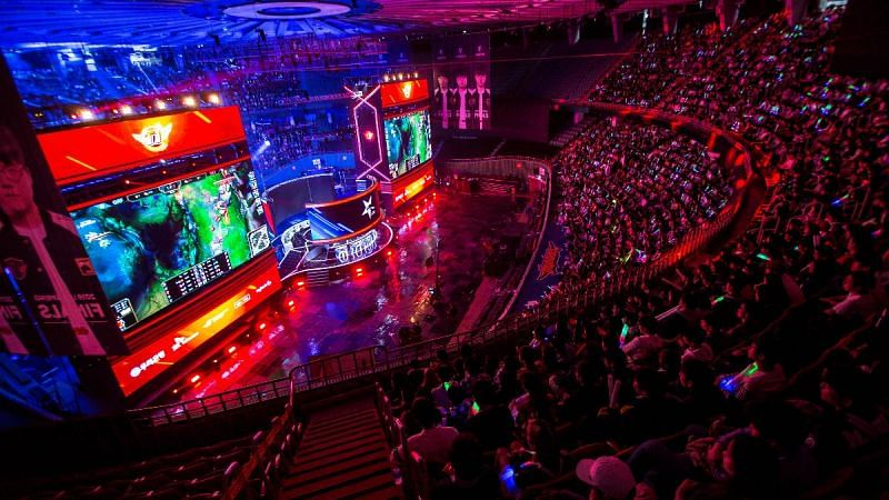 Huya signed a $310 million media rights deal for 5 years, inclusive of all Chinese League of Legends Esports events (Image via LPL)