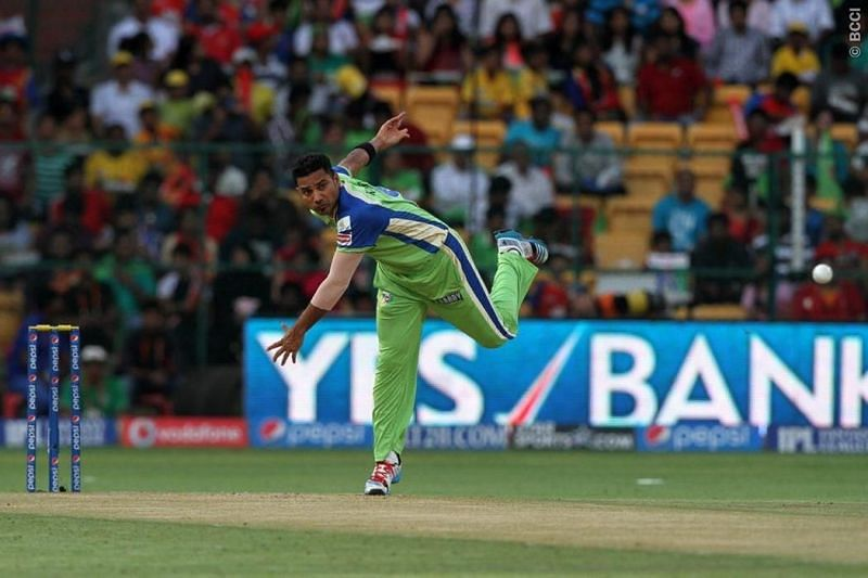 Shadab Jakati in action for RCB in the IPL [PC: BCCI]