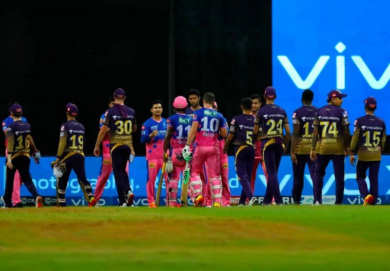 RR and KKR players shake hands after the game