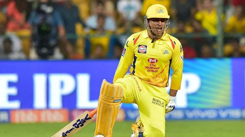 Where should MS Dhoni bat in CSK