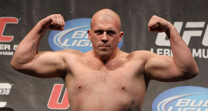 Rob Broughton (16-7-1 MMA, 1-2 UFC) worked as an enforcer for a drug operation in the UK