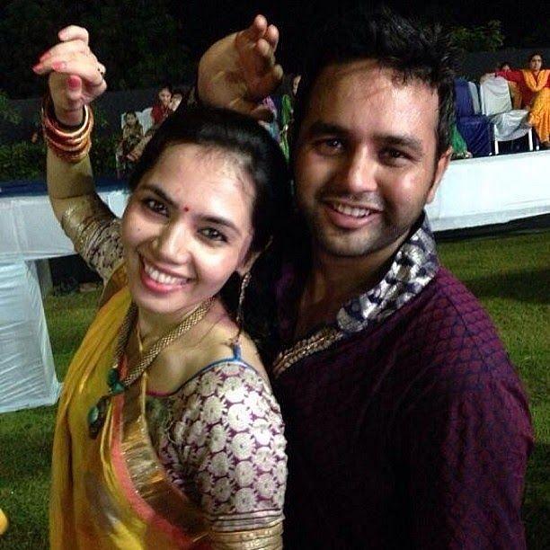 Parthiv Patel's Lovely Couple Moment Photo with Avni Zaveri