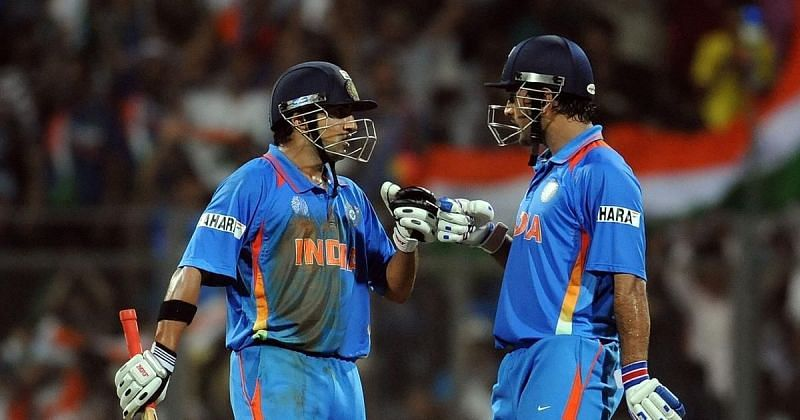 Gautam Gambhir (L) forged a crucial partnership with MS Dhoni (Credits: Scroll)