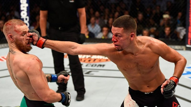 Nate Diaz catches McGregor with his long reach