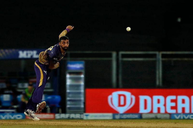 Varun Chakravarthy could do well against PBKS. (Image Courtesy: IPLT20.com)