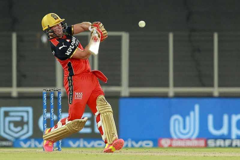 AB de Villiers smashed three sixes in the last over bowled by Marcus Stoinis [P/C: iplt20.com]