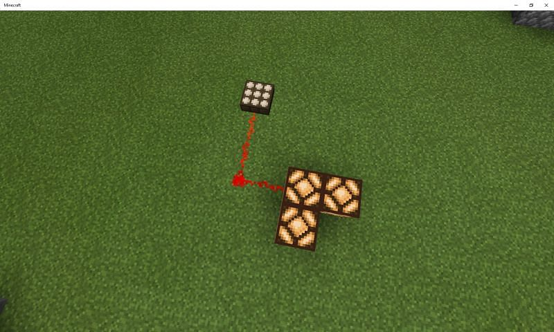 A single daylight sensor is only available to Minecraft players through crafting (Image via Mojang)