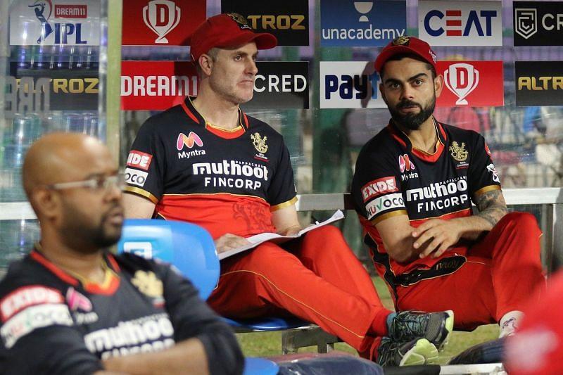 Simon Katich with Virat Kohli