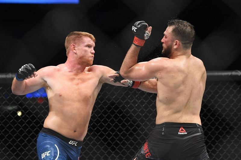 Sam Alvey loves to deploy his favorite strike - the counter-right hook.