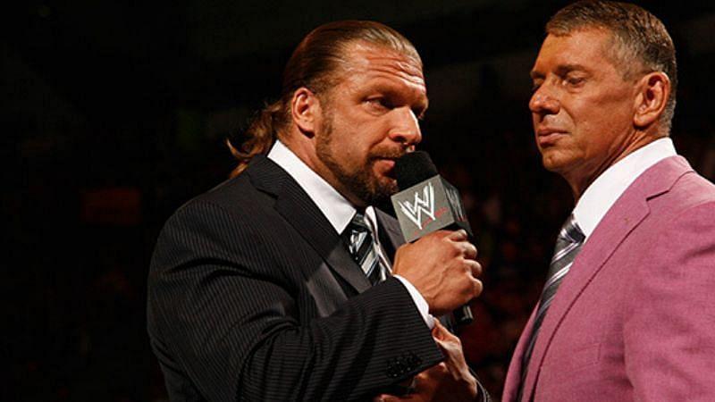 WWE रेसलमेनिया(WrestleMania) 37 से पहले कंपनी को लगा झटका