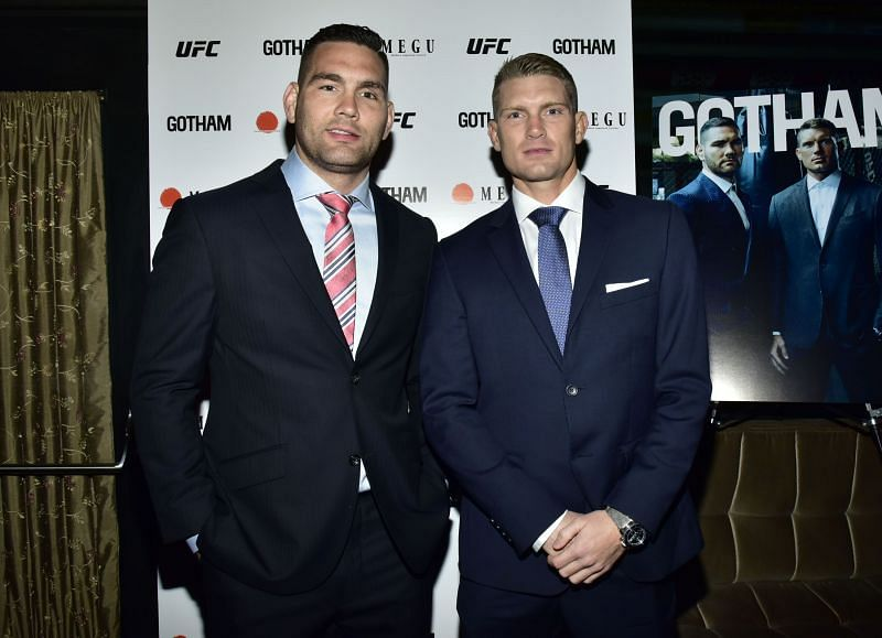 Stephen Thompson [R] believes Chris Weidman [L] will certainly make a resurgence after his recovery