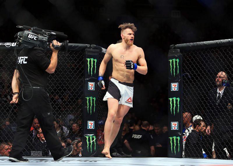 UFC 206: Mein v Meek