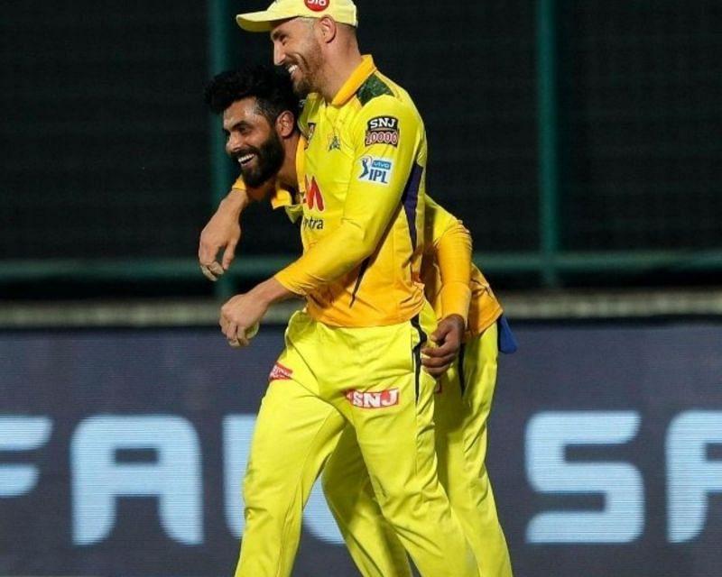 Do Faf du Plessis(front) and Ravindra Jadeja make IPL