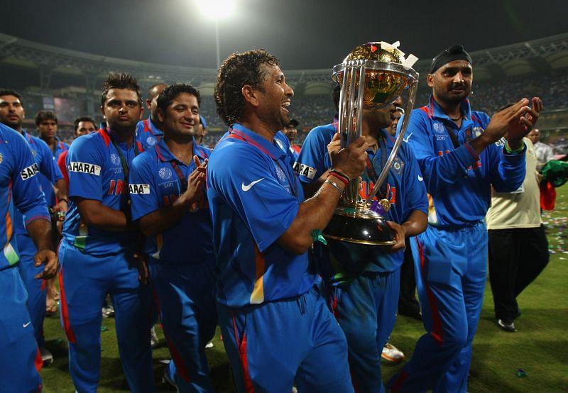 भारतीय टीम वर्ल्ड कप जीतने के बाद