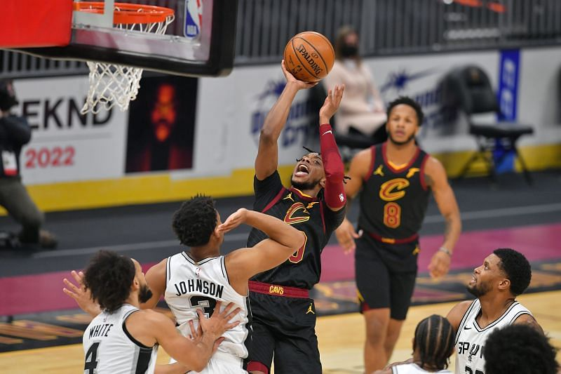Keldon Johnson of the San Antonio Spurs against the Cleveland Cavaliers